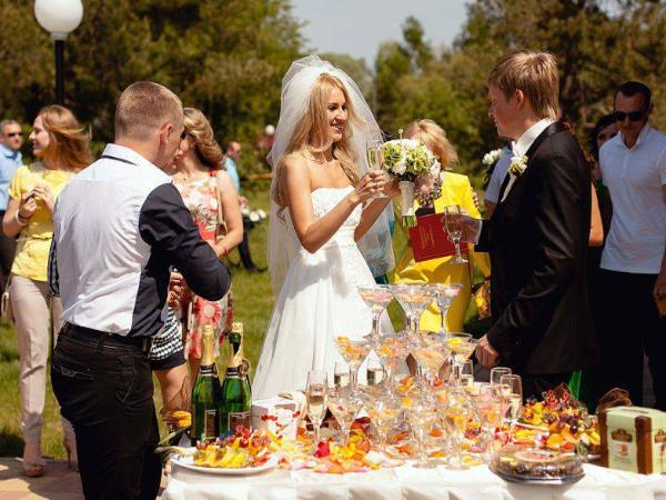 Выездная кухня на свадьбу
